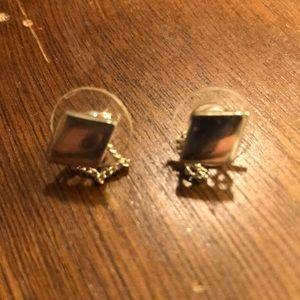 Jewelry - Adorable Earrings.